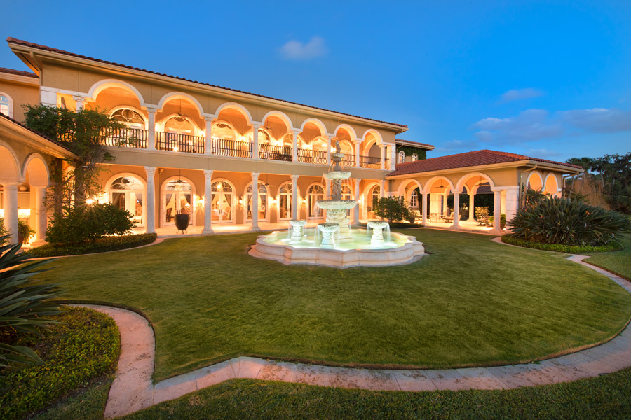 NASCAR Familyu0027s Waterfront Estate Heads To Luxury Auction®